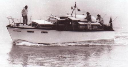 Santa Cristina/Recama in 1960s (dinghy on roof of back cabin)