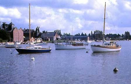 Oulton Broad, Suffolk Postcard from 1966