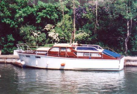 Santa Cristina on Lough Ree 2005