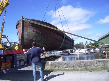 Craning in Shannon Hbr