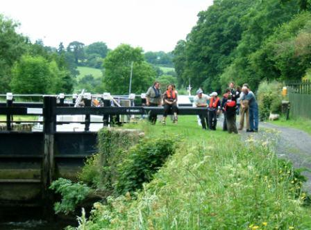 W22 St Mullins 17 Lock waiting for the tide to come in 017.jpg