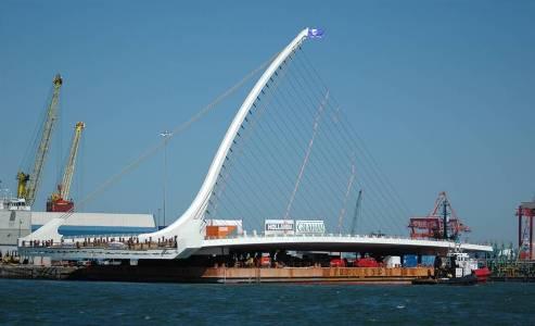 Bridge on Barge May 2009 - photo by Mick Kinahan
