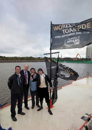 W07 Brendan Ryan Ray Sheehan of Diageo and Mick Dolan with Arthur on Barge 6.jpg