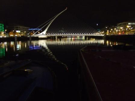 W04 View from boats of Samuel Beckett Bridge at night PM May 2010 DSCF4347.jpg