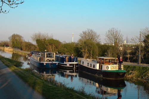 W1 Mooring up below the 12th Lock CN.jpg