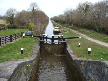 W1 Aqualegia below the 13th Lock Grand Canal Apr 2010 EOL.jpg