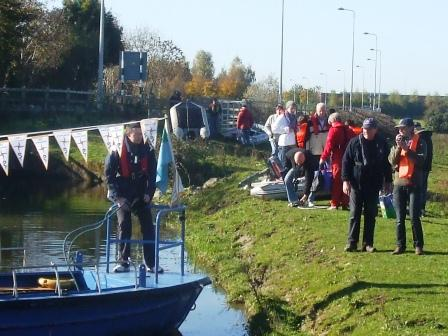 W06 ready steady go ashore Corbally Line EOL Oct 2010.jpg