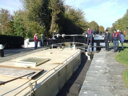 W10 107B in the lock on Naas Line PM Oct 2010.jpg