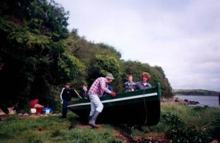 03W Launching a punt in Spring.jpg