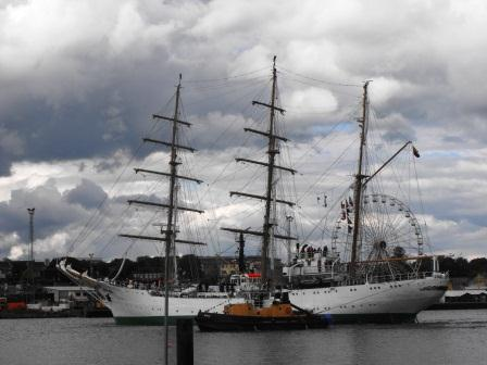 20W Arrival of Tall Ship in Waterford KWM 2049.jpg