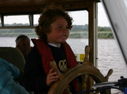 29P skipper of the future steering 68M WD 7026.jpg