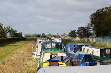 W 18091432 moored up CN.jpg