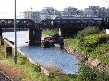 03W Under Sheriff Street Bridge on Royal Canal May 27 2011 0830 022 by JT.jpg