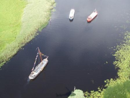 33W Aerial view on Lough Ree by SR 195.jpg