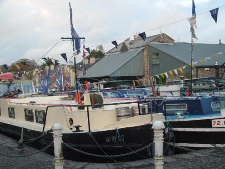 W1025 1400 Return of the Canal Boats to Naas Harbour 027 LB.jpg