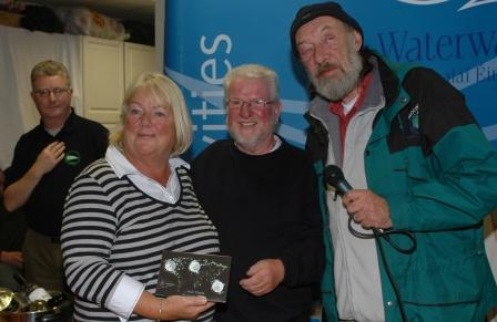 W1025 1952 Dick Warner presents Mary and Ronnie Byrne with the Mick Clinton Perpetual Trophy MK.jpg