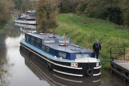 W1018 1130 CN TrustMeScout VickiMay 72M on Naas Line at Lock 1.jpg