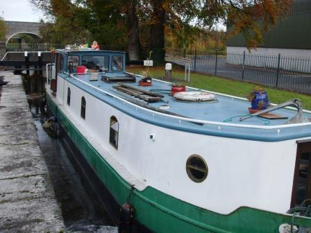 W1123 1234 Roisin Dubh in Lock 2 on Naas Line.jpg