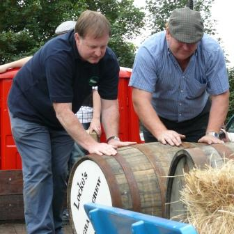 Transferring Cask from Lorry to Cart