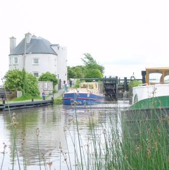 4E Bolands Lock 2003