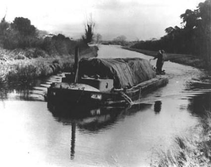 41M on the canal in the 1950s