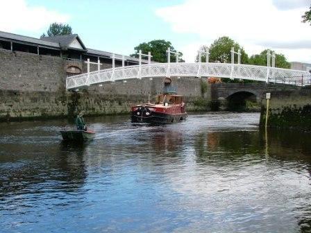 4B arriving Limerick 2008
