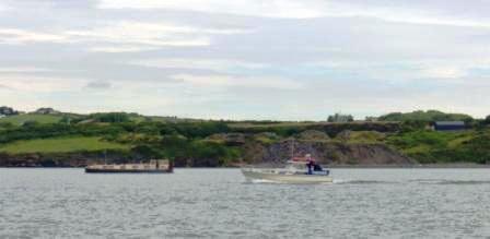 68M & Tanjuan approaching Kilrush